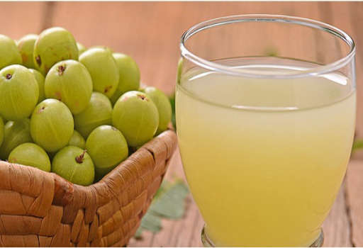 Amla and Lemon Juice